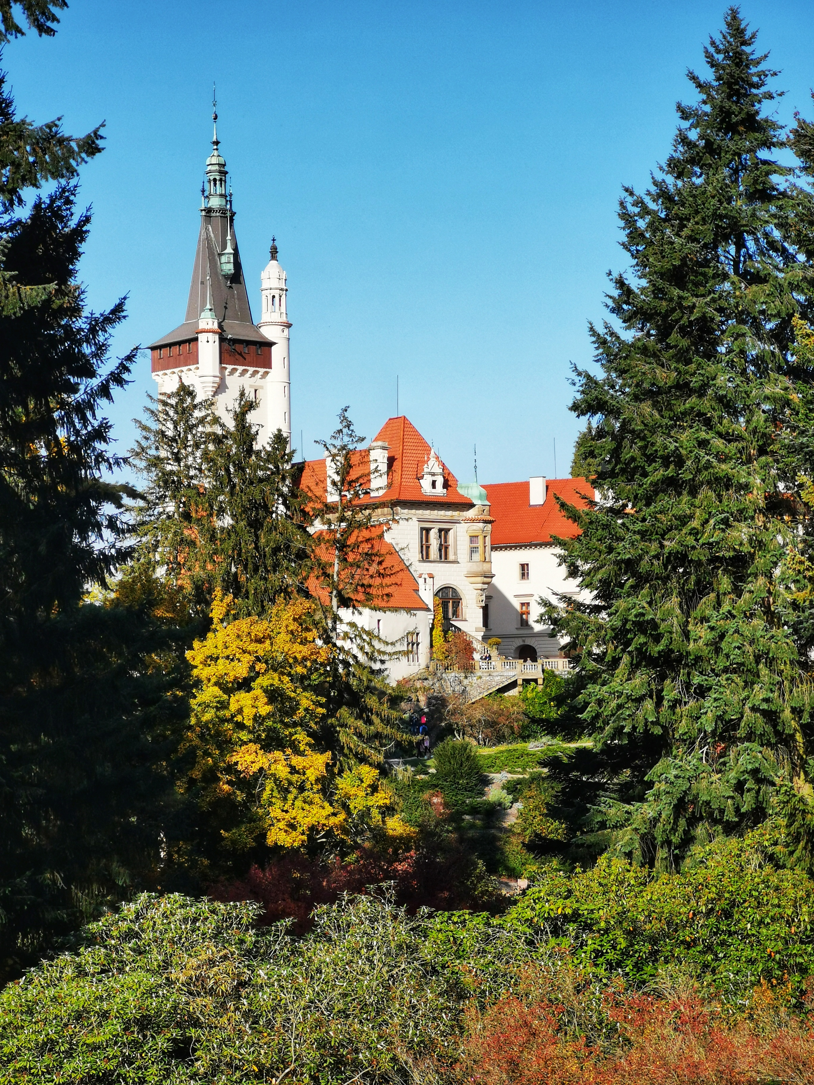 The current appearance of The Průhonice Castle dates to the late 19th century.